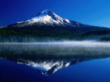 Mt Hood Over Trilium Lake  Mt Hood  USA