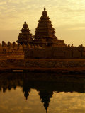 Shore Temples Reflected in Pond  Mamallapuram  Tamil Nadu  India