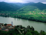 Danube Valley in Wachau Region with the Ruins of Kuenringer Castle  Durnstein  Austria