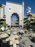 Babylon Court  Kodak Theater (Site of the Academy Award Ceremony)  Hollywood Boulevard  Los Angeles