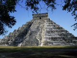 Great Pyramid (El Castillo)  Chichen Itza  Unesco World Heritage Site  Yucatan  Mexico