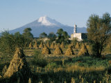 The Volcano of Popocatepetl  Puebla State  Mexico  North America