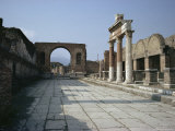 Corner of Forum and Arch of Tiberius  Pompeii  UNESCO World Heritage Site  Campania  Italy