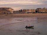 Beach and Seafront  Dinard  Cote d'Emeraude (Emerald Coast)  Cotes d'Armor  Brittany  France