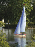 Sailing School  Arrow Valley Lake Country Park  Redditch  Worcestershire  Midlands  England