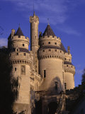 Chateau De Pierrefonds  Forest of Compiegne  Oise  Nord-Picardie (Picardy)  France