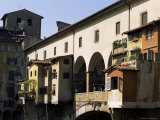 Houses and Shops on the Ponte Vecchio  Florence  Tuscany  Italy