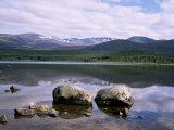 Loch Morlich and the Cairngorms  Aviemore  Highland Region  Scotland  United Kingdom