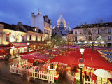 Place Du Tertre at Night  Montmartre  Paris  France