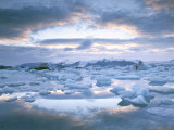 Jokuslarlon Glacial Lagoon  Vatnajokull Ice-Cap  Iceland  Polar Regions