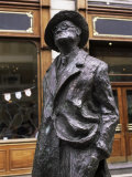 Statue of James Joyce  O'Connell Street  Dublin  Eire (Republic of Ireland)