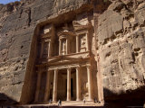 The Treasury Building (Al Khazneh)  Petra  Unesco World Heritage Site  Jordan  Middle East
