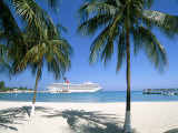 Cruise Ship  Ocho Rios  Jamaica  West Indies  Central America