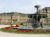 Schlossplatz (Palace Square) and Neues Schloss  Stuttgart  Baden Wurttemberg  Germany