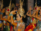 Dancers Performing at the Erawan Shrine  Bangkok  Thailand  Southeast Asia