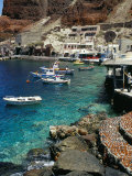 Fishing Harbour of Oia Village  Port of Ammoudi  Oia  Santorini (Thira)  Cyclades Islands  Greece