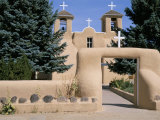 Adobe Church of St Francis of Assisi  Dating from 1812  Ranchos De Taos  New Mexico  USA