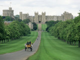 The Long Walk and Windsor Castle  Windsor  Berkshire  England  United Kingdom