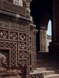 Quwwat Ul Islam Mosque  Delhi  India