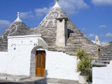 Old Trulli Houses with Stone Domed Roof  Alberobello  Unesco World Heritage Site  Puglia  Italy