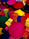 Coloured Powders for Sale at Gulmandi Road Bazaar  Aurangabad  Maharashtra  India