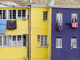 Washing Hanging outside Colourful Houses on Calle Guimera  Valparaiso  Chile