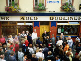 Irish Music Pub Crawl  The Auld Dubliner  Temple Bar  Ireland