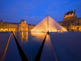 The Louvre Museum at Twilight  Paris  France