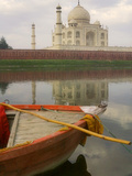Canoe in Water with Taj Mahal  Agra  India