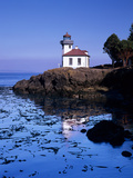 Lime Kiln Lighthouse  Entrance to Haro Strait  San Juan Island  Washington  USA