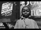 Harlem Newsboy Reproduction photo par Gordon Parks