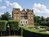 Kew Palace and Kew Gardens  London  England  UK