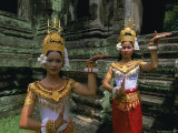 Traditional Cambodian Dancers  Angkor Wat  Siem Reap  Cambodia  Indochina  Asia