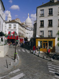 Street Scene and the Dome of the Basilica of Sacre Coeur  Montmartre  Paris  France  Europe
