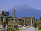 Pompeii  Mt Vesuvius Behind  Campania  Italy  Europe