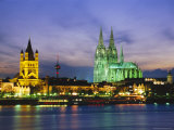 The River Rhine and Cathedral  Cologne  North Rhine Westphalia  Germany