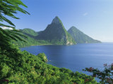 Volcanic Peaks of the Pitons  Soufriere Bay  St Lucia  Caribbean  West Indies  Central America