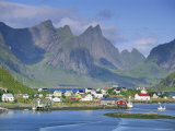 Reine Village of Moskenesoya  Lofoten Islands  Nordland  Norway  Scandinavia  Europe