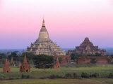 Shwesandaw Paya (Shwe Sandaw Pagoda) Built in the 11th Century  Bagan (Pagan)  Myanmar (Burma)
