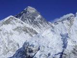 Mount Everest from Kala Pata  Himalayas  Nepal  Asia