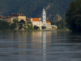 Stiftskirche and River Danube  Durnstein  Wachau  Austria