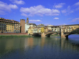 Ponte Vecchio and the Arno River  Florence  Tuscany  Italy  Europe