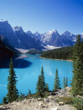 Lake Moraine  Valley of the Ten Peaks  Banff National Park  Alberta  Canada