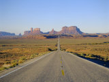 Road to Monument Valley  Navajo Reserve  Utah  USA