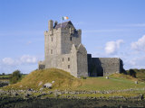 Dunguaire Castle  Kinvarra Bay  Co Galway  Ireland