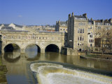 Pulteney Bridge Over the River Avon and Weir  Bath  Unesco World Heritage Site  Avon  England  UK