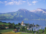Spiez  Lake Thun (Thunersee)  Jungfrau Region  Bernese Oberland  Switzerland  Europe