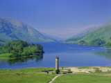 Glenfinnan Monument and Loch Shiel  Highlands Region  Scotland  UK  Europe