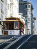 Cable Car on Hyde Street  San Francisco  California  USA