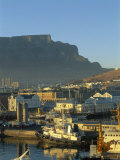 South Africa  Cape Town  Victoria & Alfred Waterfront with Table Mountain Behind